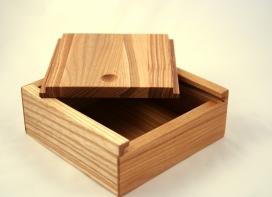 Oša koka kastīte ar bīdāmu vāku